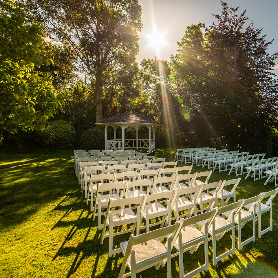 outdoor ceremony and gazebo at pelham house